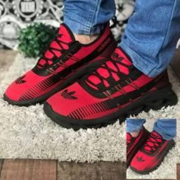 Vendo sandálias esses tênis