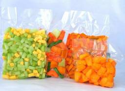 Título do anúncio: Embalagens á Vácuo para alimentos 20x30 cm ? 500 unidades