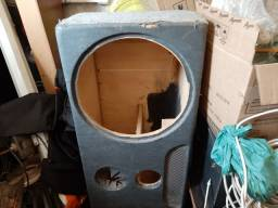 Título do anúncio: Caixa acústica almofadada de 15 polegadas.