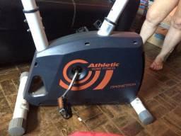 Bicicleta Ergométrica Vertical Fitness Athletic Home Fitness Magnetron painel digital
