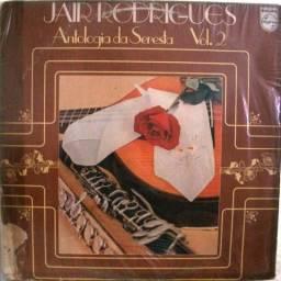 """Disco Vinil """"Jair Rodrigues - Antologia da Seresta - Vol. 2"""" com encarte - 1981 - Usado"""