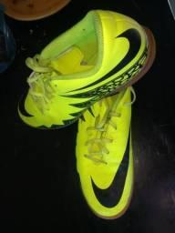 Chuteira Nike Hypervenom - futsal