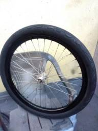 Roda vmaxx original dianteira com pneu