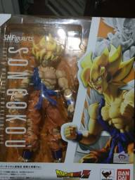 Sh figuarts Goku awalkening Bandai