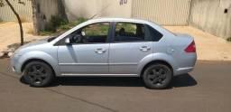 Fiesta sedan 8v 1.6 flex completo - 2006