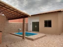 Casa em Unamar / Tamoios Cabo Frio, com 3 banheiros, suíte, piscina e churrasqueira