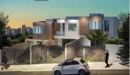 Casa geminada Duplex com 03 suítes no bairro Itapoã.