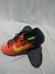 Chuteira Nike Mercurial (semi-nova)