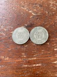 Vendo duas moedas antigas