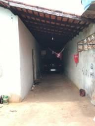 Vende-se esta casa com um ponto comercial na Rua P Bairro União