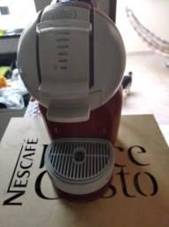 Cafeteira dulce gosto Nescafé