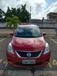 Nissan versa - 2013