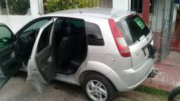 Carro ford fiesta 2007