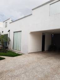 Título do anúncio: Casa Jardim Europa 4 qts sendo 2 suítes