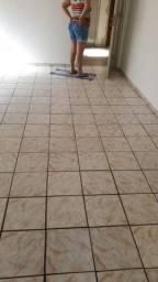 Aluga-se apartamento  no condomínio São Fernando
