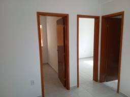 Vendo Lindo apto No Del' Este V, 2 quartos, 1 banheiro, 1 vaga, 44m2, oportunidade!
