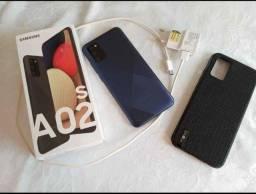 Título do anúncio: Vendo celular Samsung a2s novo na caixa