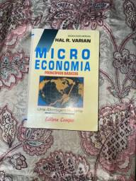 Livro Microeconomia - Varian, Hal