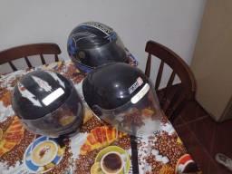 Três capacete