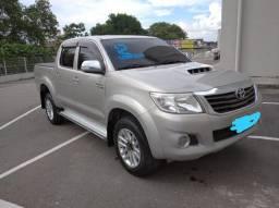 HILLUX SRV 4X4 - 2012 // PARCELA R$1599