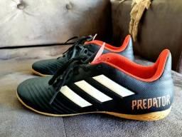 Chuteira Predator Adidas