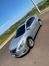 Título do anúncio: Nissan altima 2.5 2014 abaixo da fipe