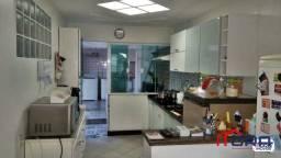 Casa com 3 dormitórios à venda, 113 m² por R$ 650.000,00 - Jardim Vila Rica - Tiradentes -