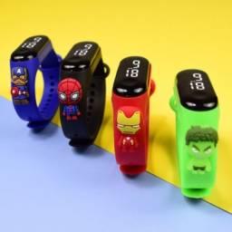 Título do anúncio: Relógio Ifantil de Led heróis Batman