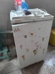 Vedese estas geladeira