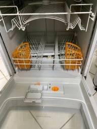 Título do anúncio: Lava louça Brastemp ative 8 serviços 110v