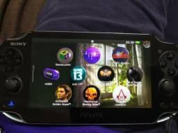 Título do anúncio: Vendo ou Troco PS Vita c/SD - desbloqueado