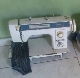 Máquina de costura - Calcador Elgin Genius