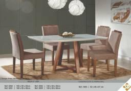 Mesa com 4 cadeiras madeira maciça, tampo com vidro