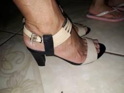 Vendo esse lindo sapato