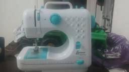 Máquina de costura doméstico