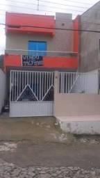 Casa com 4 quartos 3 banheiro garagem pra no centro de uruburetama .