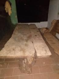 Banco mais mesa de madeira