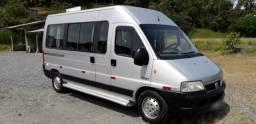Fiat Ducato 2.3 2011 Minibus Teto alto Diesel 16 Lugares Executivo - 2011