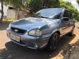 Corsa Sedan com Ar Condicionado Original! - 2001