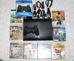 PS3 Super Slim 500GB   2 Controles Originais   8 jogos Originais