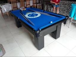 Mesa de Bilhar Cor Preta com 4 Pés Tecido Azul Logo do Cruzeiro Modelo CRU9620