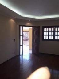 Casa no Jd. Terra Branca em Bauru - SP