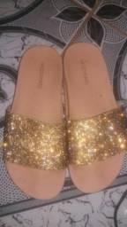 Sandália com brilho