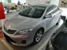 Vendo ou troco Toyota Corolla versão GLI 1.8 MT 13-14 R$49.900,00 - 2013