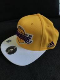 Boné Adidas Los Angeles Lakers comprar usado  São Caetano do Sul