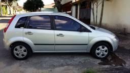 Vendo ou Troco Fiesta 1.6 8V Flex - GNV - 2006 - R$16.000,00