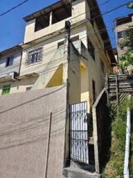 LEIA A DESCRICAO ABAIXO 2 casas mais uma cobertura.