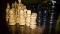Lindo Xadrez em madeira, Leia a Descrição