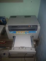 Vendo impressora a laser multifuncional