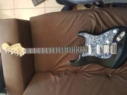 Título do anúncio: Guitarra Squier Standard indonésia